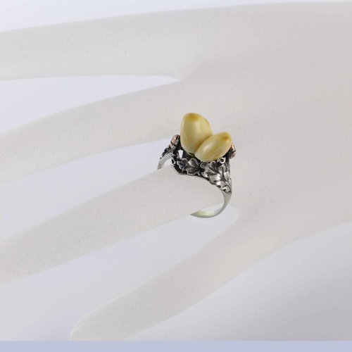 Ring with deer bones