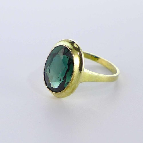 Gold plated ring with tourmaline stone
