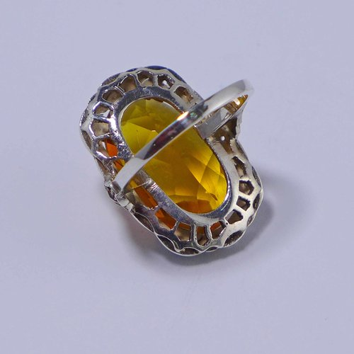 Silver ring with citrine crystal glass