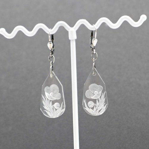 Earrings with cut Essex Crystal