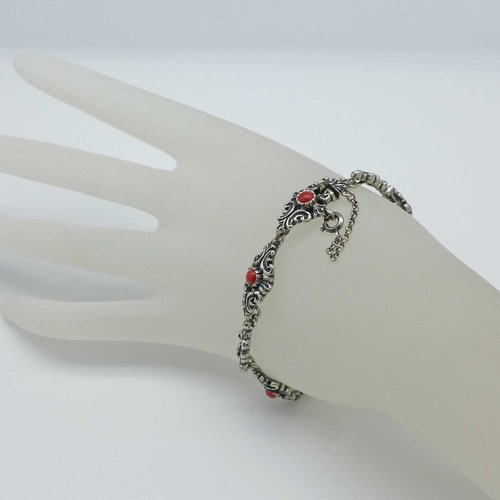 Silver bracelet with corals