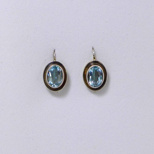 Earrings with light blue spinel from the 1930s