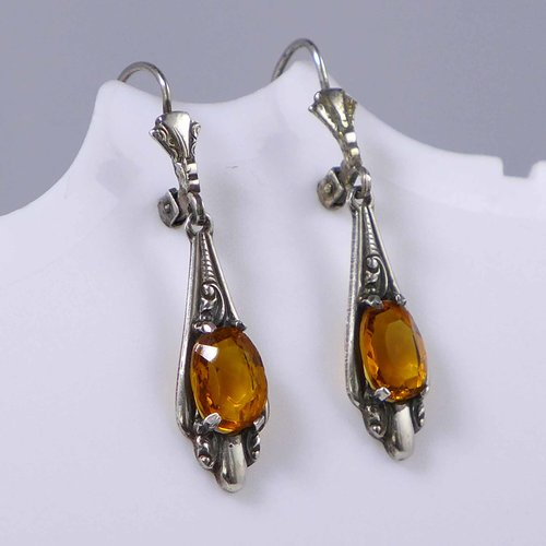 Citrine earrings with rocaille pattern